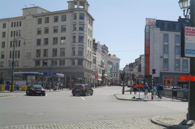La chaussée d'Ixelles Porte de Namur