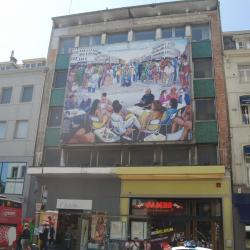 Dessin de l'artiste Cheri Samba à la Porte de Namur