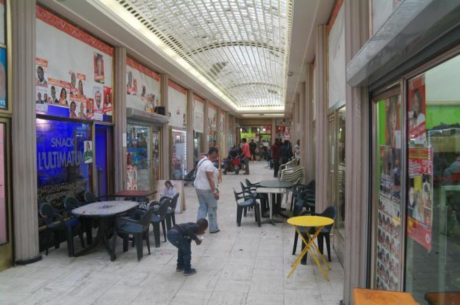 Une des galéries de la Porte de Namur